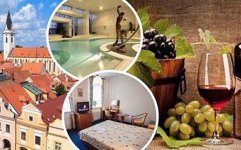 Dovolená v Třeboni ve 4* hotelu Galerie pro dva!! Stylové ubytování, polopenze, lahev vína na pokoj a vstupenky do Vodního světa lázní Aurora!! Sleva 10% na masáže! Užijte si romantickou dovolenou v pohádkovém městečku.