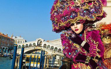 Na karneval do romantických Benátek