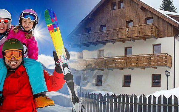 Pobyt pro dva v moderních apartmánech s polopenzí v Penzionu Alpský Dům a 1 dítě do 15 let zdarma.