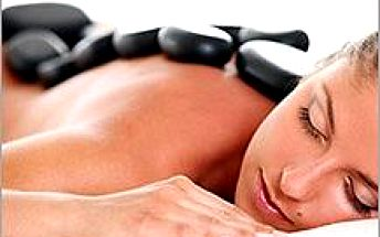 Uvolňující masáž lávovými kameny ve Zlíně. Celých 60 minut plných relaxace a odpočinku!