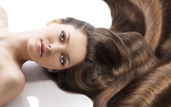 Regenerační kúra z kašmíru a perel na suché vlasy