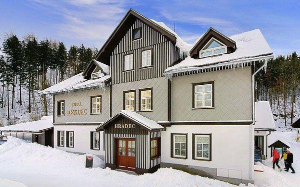 Parádní lyžovačka s ubytováním v centru Špindlerova Mlýna