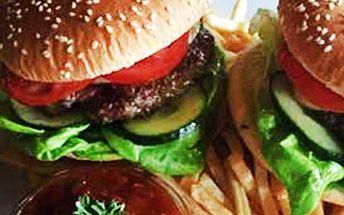 2x hamburger s hranolky a BBQ omáčkou