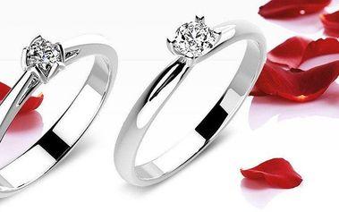 Překrásné zásnubní prsteny z bílého zlata