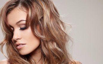 Barevné kadeřnické balíčky pro dámy v DM Style