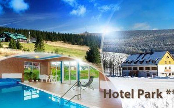 Jeseníky na 3 až 5 dní pro dva! Polopenze, sauna a neomezený bazén v Hotelu Park Ostružná*** do 6/2016!