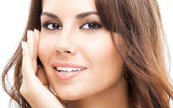30minutová kosmetická péče kyselinou hyaluronovou