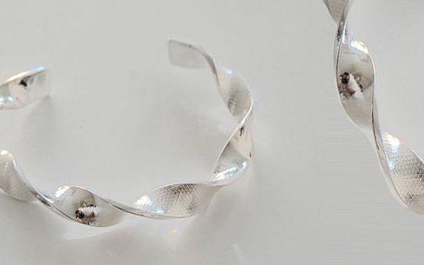 Dámský elegantní točitý náramek - vsaďte na jistotu a zvolte dárek, který zaručeně potěší každou ženu!
