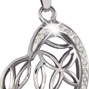 Srdce s kamínky na jedné straně