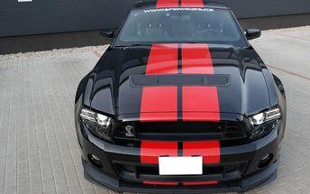 Nadupaný Ford Mustang Shelby GT500 na 15 minut v Praze