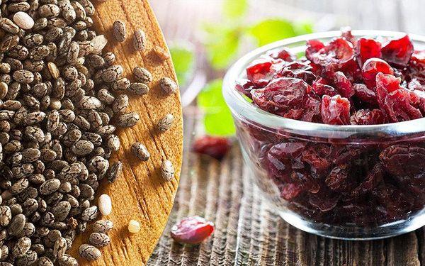 Balíček chia semínek a brusinek