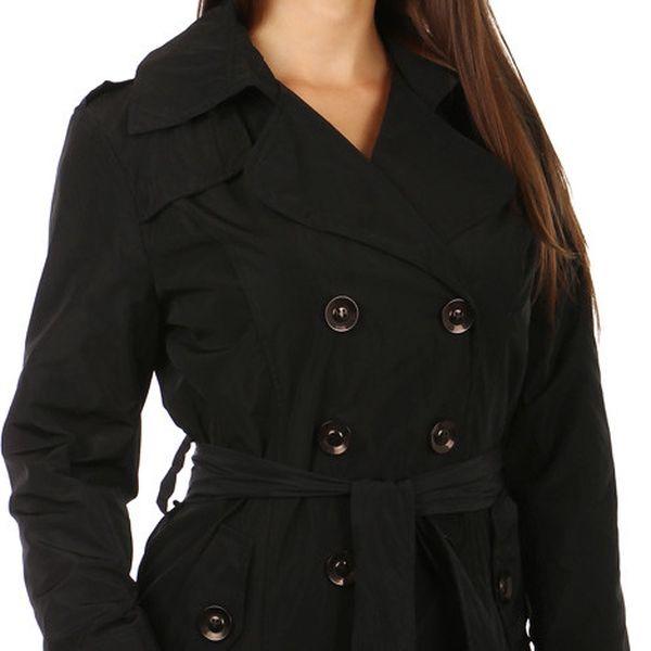 Lehký stylový kabátek na knoflíky