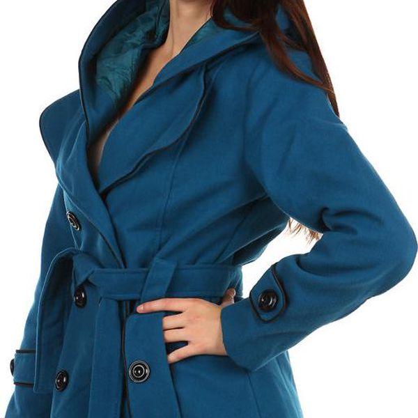 Krásný kabát s kontrastním lemováním a s kapucí modrá
