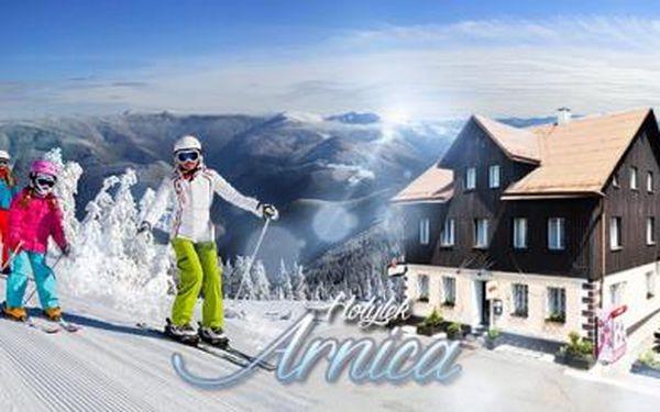 Krušné hory na 3 až 5 dní pro 1 osobu s PLNOU PENZÍ u Skiareálu Klínovec! Skibus zdarma, platí do října 2016!