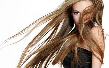 Prodloužení vlasů v pražském salonu Ami