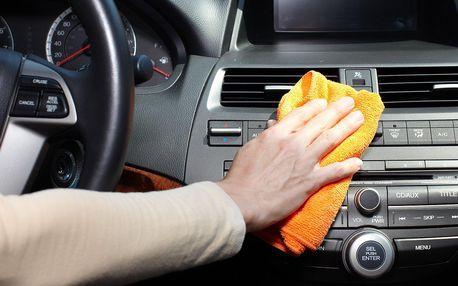 Kompletní ruční mytí interiéru automobilu vč. tepování