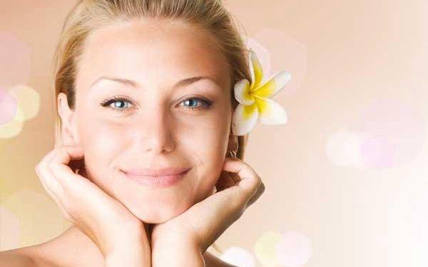 Ošetření korektivní kosmetikou 1+1 zdarma