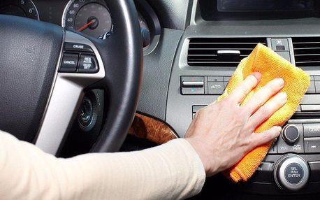 Čištění interiéru automobilů