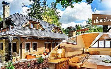 Beskydy - luxusní 5* chata Medvědí skála na 4 či 5 dní dní až pro 10 osob. Pronájem chaty možný v týdnu. 5/2016.