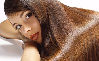 Regenerace vlasů brazilským keratinem