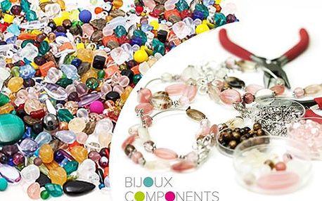 Mix skleněných korálků 0,5 kg nebo 1 kg. Různé tvary, barvy a velikosti. Vyrobte si šperky dle své fantazie.