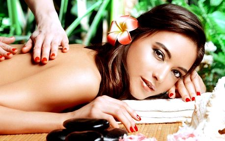 Aroma masáž rukama profesionálního maséra