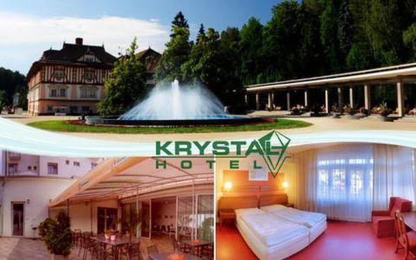 Hotel Krystal***+ v centru lázeňských Luhačovic s polopenzí a masáží pro dva, platnost až do 31.7.2016