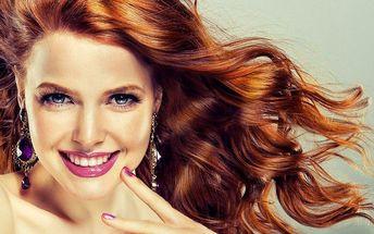Oslňující péče o vlasy: střih, melír nebo barva
