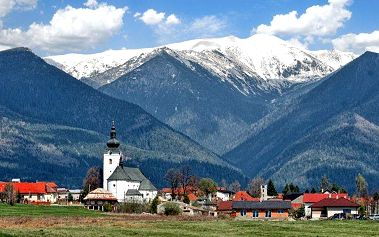 2–6denní pobyt pro 2 v Nízkých Tatrách v hotelu Ski se snídaní nebo polopenzí