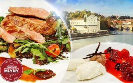 Romantické 3chodové menu pro dva v Sovových Mlýnech na Kampě! Telecí svíčková, losos, mascarpone i víno!