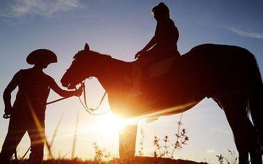 3denní až 6denní pobyt u koní pro 2 osoby s polopenzí na Slovensku v penzionu Motešice