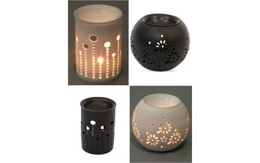 Keramická aromalampa s krajkovým dekorem