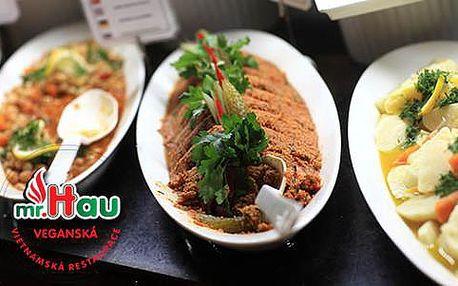 50% sleva na pokrmy z veganského bufetu, co se vejde na talíř, v restauraci Mr. Hau