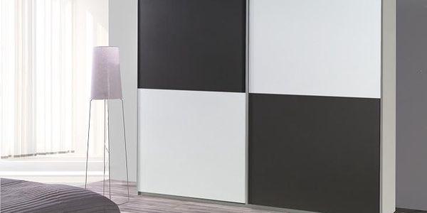 Šatní skříň s posuvnými dveřmi LUX 21