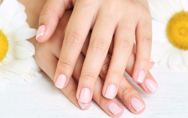 Precizní manikúra vč. keratinizace nehtů