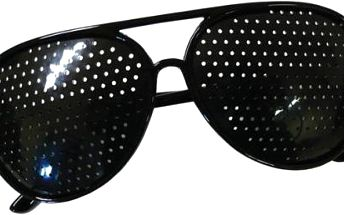 Děrované ajurvédské brýle pro zlepšení zraku