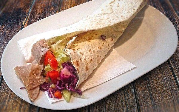 Poctivý kebab a pití v Kebab Areně