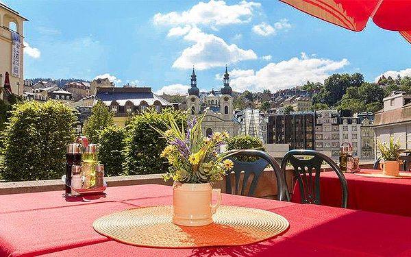 3–6denní pobyt s polopenzí a slevou na wellness v hotelu Ester v Karlových Varech pro 2