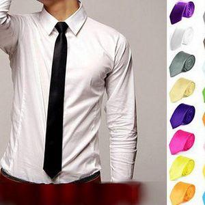 Úzká pánská kravata v mnoha barvách - vyberte si tu svoji!
