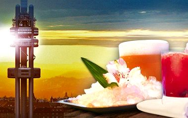 Drink na Žižkovské věži s výhledem na Prahu