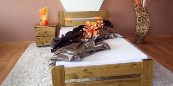 Postel EUREKA + matrace + rošt 120 x 200 cm - dub - lak