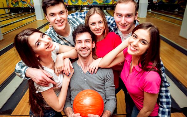 Dvě hodiny bowlingu pro partu 6 hračů