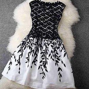 Dámské výstřední šaty - S-3XL