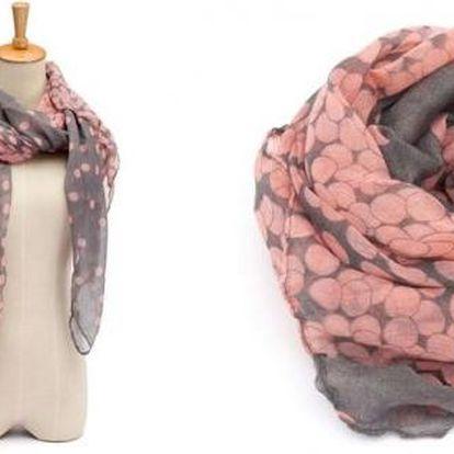 Velký šátek pro dámy, v krásné růžovošedé barvě pro každou příležitost.