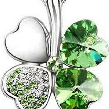 Krásný náhrdelník s přívěskem čtyřlístku. Na výběr v několika barvách.
