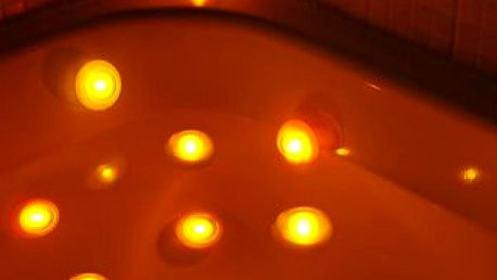Světlo do vany měnící barvy pro romantickou koupel