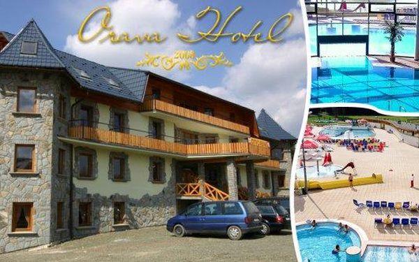 Slovensko - Pobyt pro 2 osoby na 3 nebo 4 dny s polopenzí a dítětem do 12 let v krásném Hotelu Orava***! Odpočiňte si a dejte si kávu s koláčkem! Pizzerie v hotelu, Thermal Aquapark a mnoho dalších atrakcí v okolí na vás čeká! Kochejte se krásou Tater z b