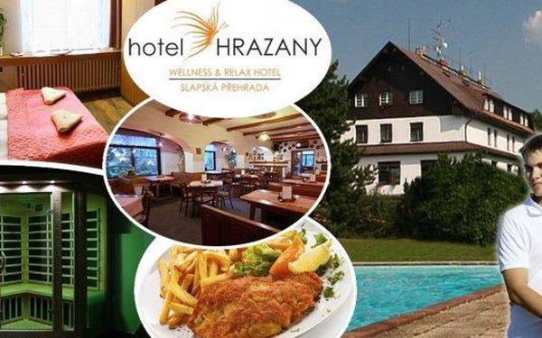 Načerpejte novou energii v domáckém prostředí hotelu Hrazany ve středních Čechách!! Po 3 dny je pro vás připravena výborná polopenze, 60 minut relaxace ve wellness clubu s vířivkou, infra a parní saunou, oxygenoterapie, parafínový zábal a další výhody!!