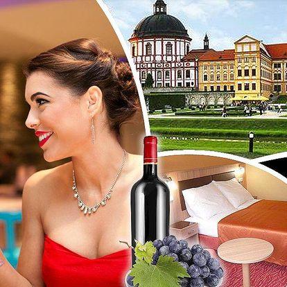 Pobyt pro dva v Hotelu Opera*** . Romantická večeře při svíčkách, láhev vína, bowling a kulečník.