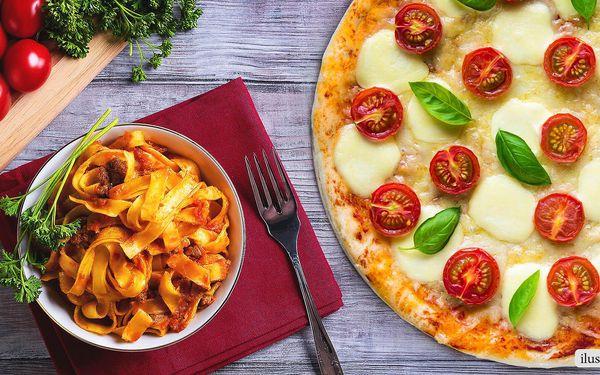 Křupavá pizza nebo těstoviny pro dva jedlíky